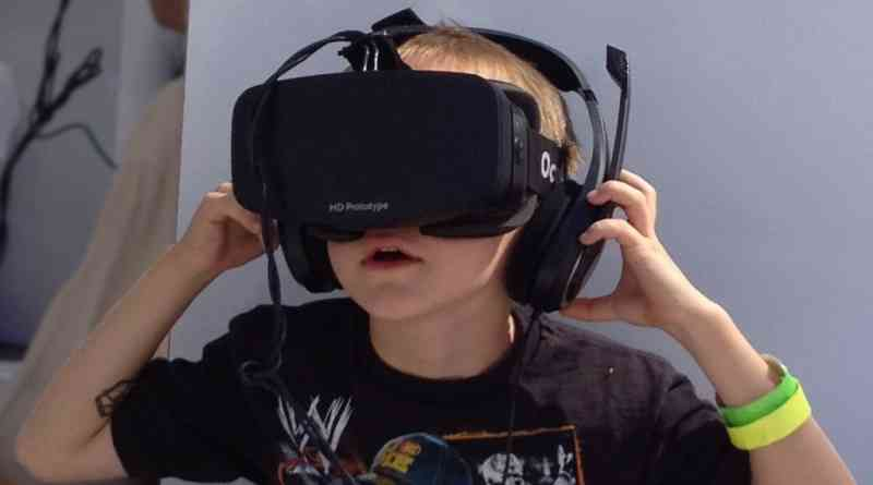 How the Oculus Rift Virtual Reality Headset Will Change Life As We Know It