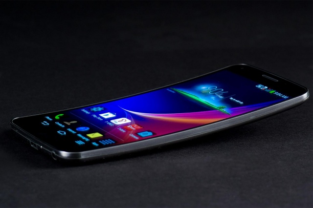 Lg G Flex 2: the First Phone to Sport a 64-bit Octa-core Processor