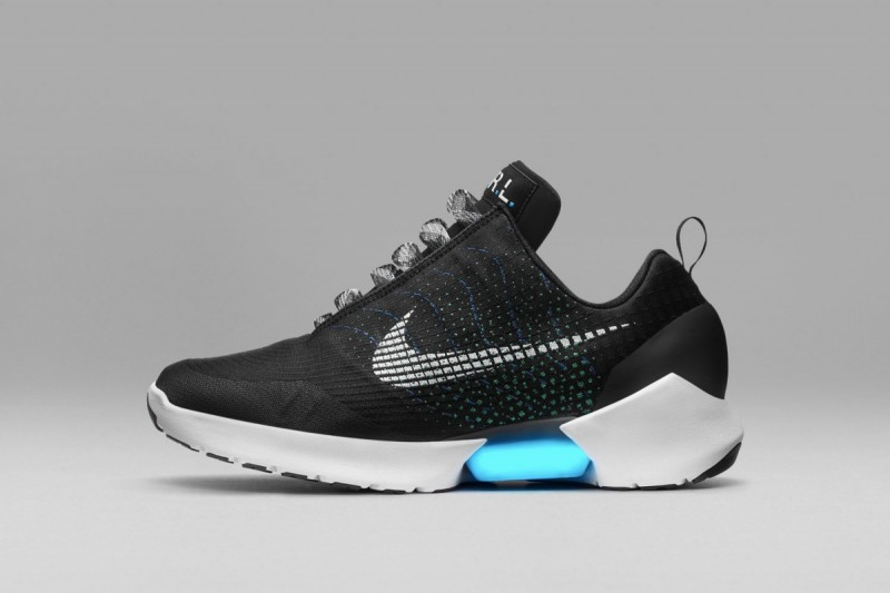 Nike Hyperadapt 1.0: Adaptive Lacing Sneakers