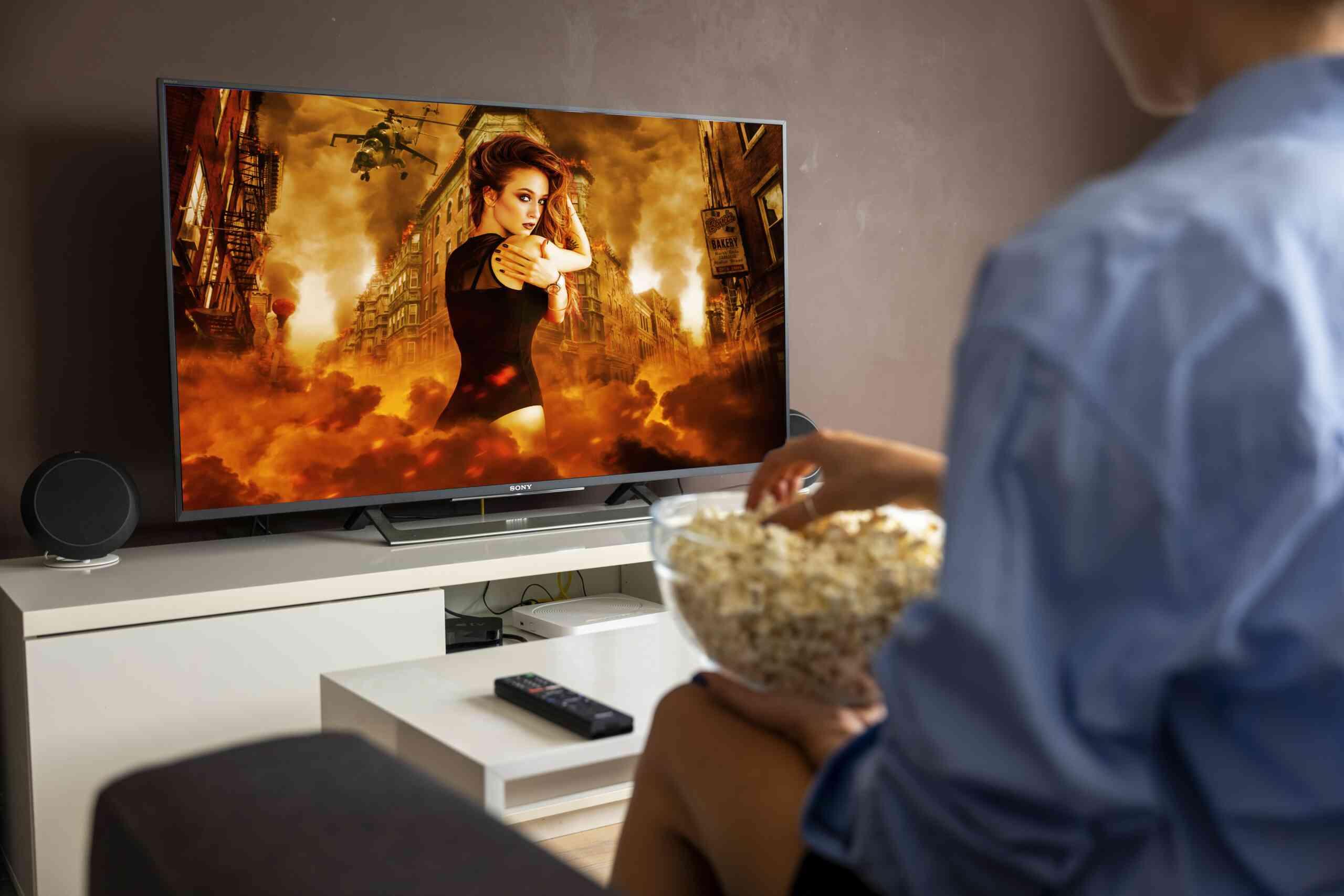 Top 8 Best TVs Under $1000